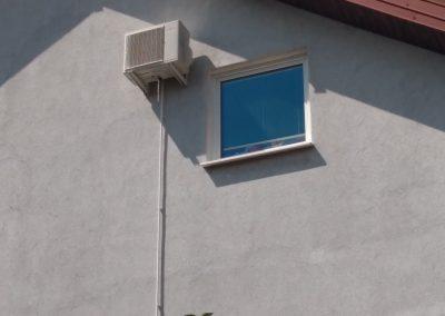 montaż na elewacji budynku